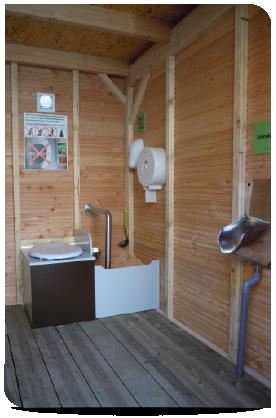 toilettes_seches_ecologiques_PCN1_PMR_toit2-01